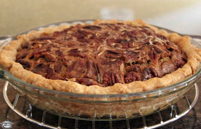 Pecan pie has been a holiday favourite for generations, but I like to enjoy it year-round. The same filling can be used to make lovely little tarts, too!