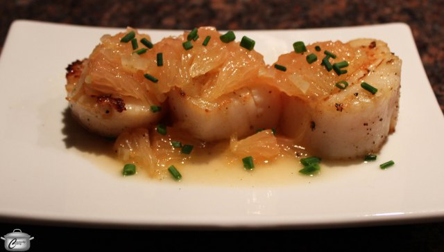 Seared Scallops with Grapefruit and Vanilla
