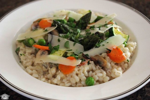The combination of barley, cream sauce and fresh vegetables makes this dish a stunner both in looks and in taste!