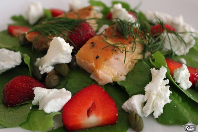 Salad with smoked salmon, strawberries and goat cheese makes a great brunch or lunch dish.