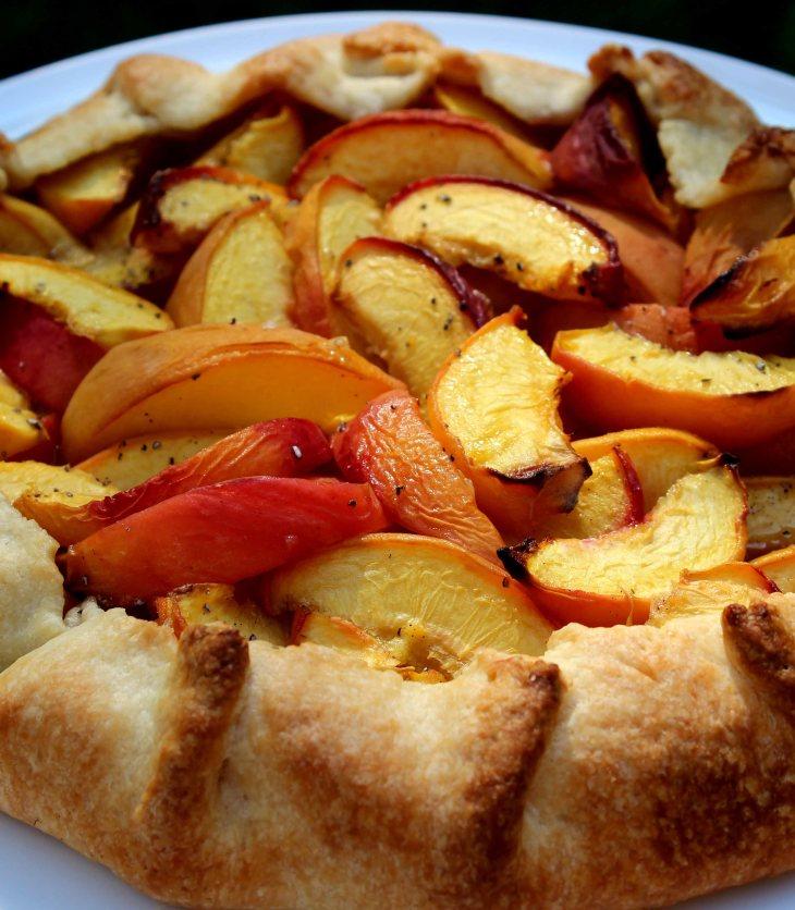 freeform peach pie