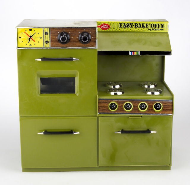 I longed for this model of Easy‐Bake® oven as a child.