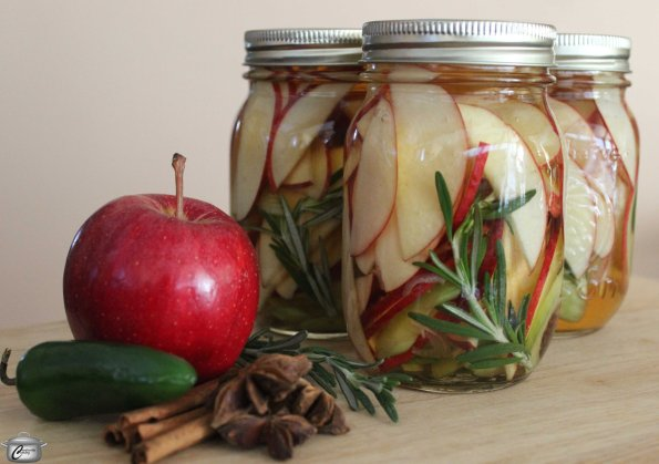 Pickled Apple Slices