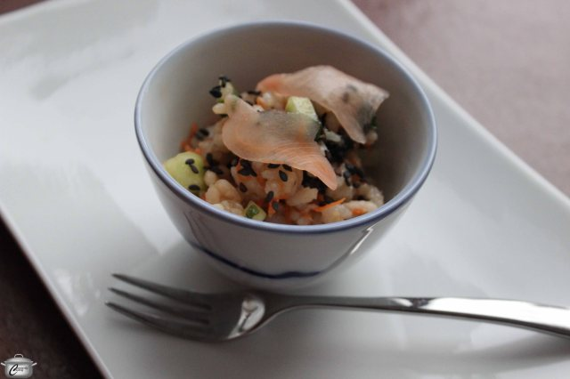 If you can't find Chinese soup spoons, you can also serve this dish in tiny bowls.