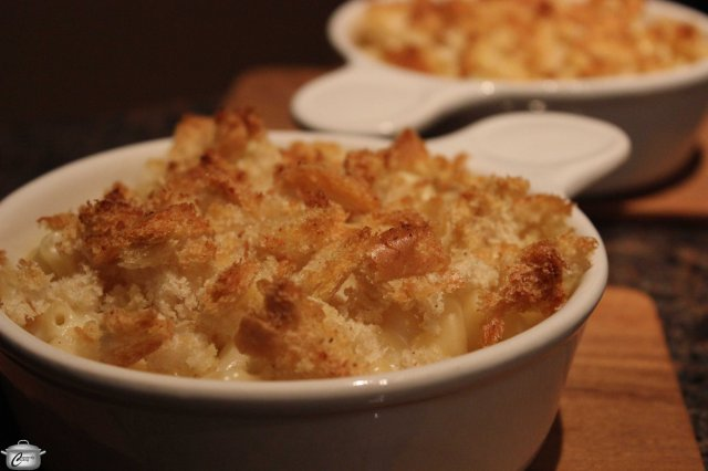 Rich, creamy and delicious, homemade macaroni and cheese is more satisfying and nutritious than the boxed varieties.