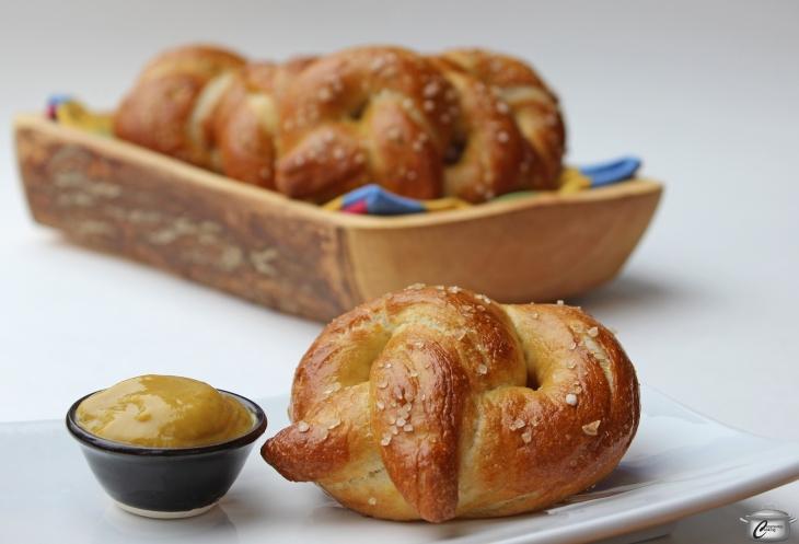 soft-baked-pretzels-hero-watermarked