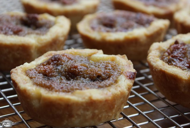 While you might want to eat these yummy tarts right out of the oven, they need time to cool and firm up.