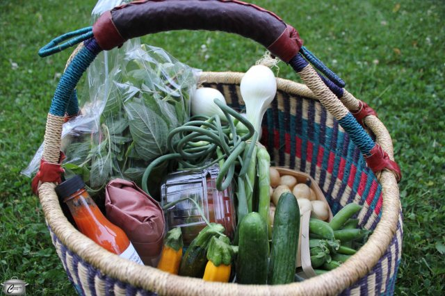 I'll be spending the week playing with this Farmers Feast basket of goodies from the Ottawa Farmers' Market.