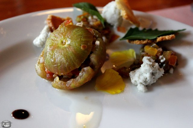 Danny Mongeon served up heirloom tomatoes stuffed with tomato tartare and served with mint, lambs' quarters, brioche crisps and a queso fresco. The wine pairing was a lovely 2009 Gamay Noir which balanced perfectly with the acidity of the tomatoes.