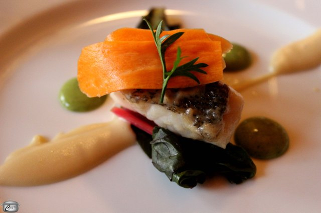 Adam Bannerman's Lake Ontario pickerel was served with smoked garlic puree, Swiss chard, pickled carrots and a tasty green goddess puree.  A 2009 Pinot Gris with a lovely peachiness was a delightful pairing.