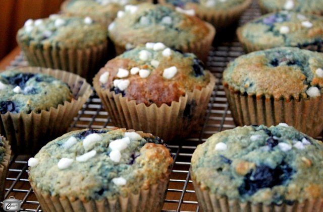 browned butter blueberry muffins 2