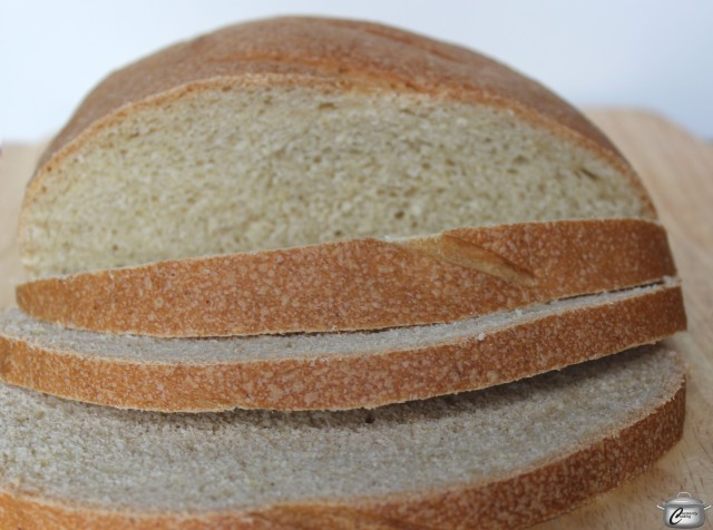 With its pale golden colour and thin, crisp crust, this bread was a big hit with my taste testers.