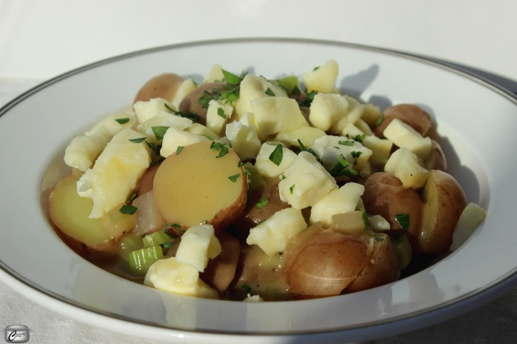 Warm Poutine Potato Salad is the best of both worlds combined in one delicious dish!