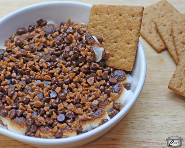 No campfire needed to make this s'mores dip!