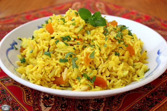 Fragrant Rice with Turmeric and Ginger