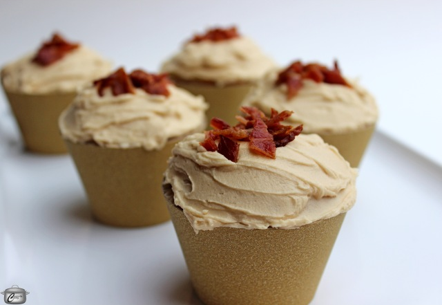 Small Batch Maple Bacon Cupcakes