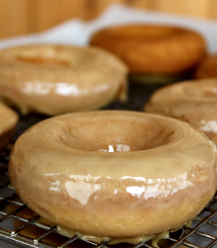 baked sour cream donuts with maple glaze