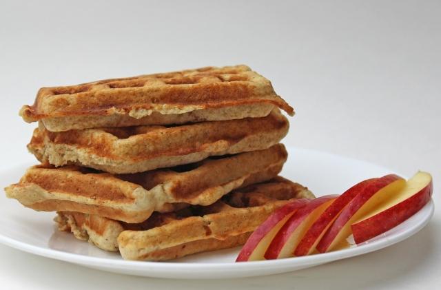 Apple Oatmeal Waffle Muffins
