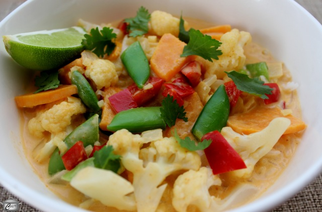 autumn cauliflower soup with red curry paste