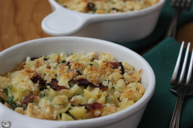 creamy macaroni and cheese with kale and bacon