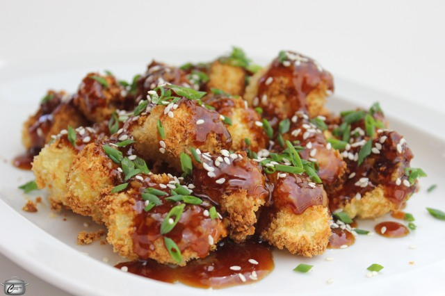 cauliflower nuggets with honey-garlic sauce