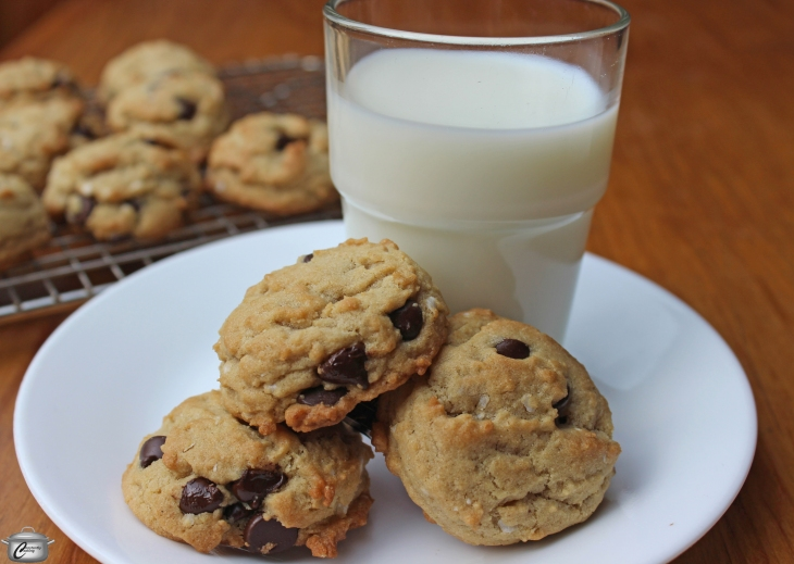 Chocolate chip cookies with quinoa flakes