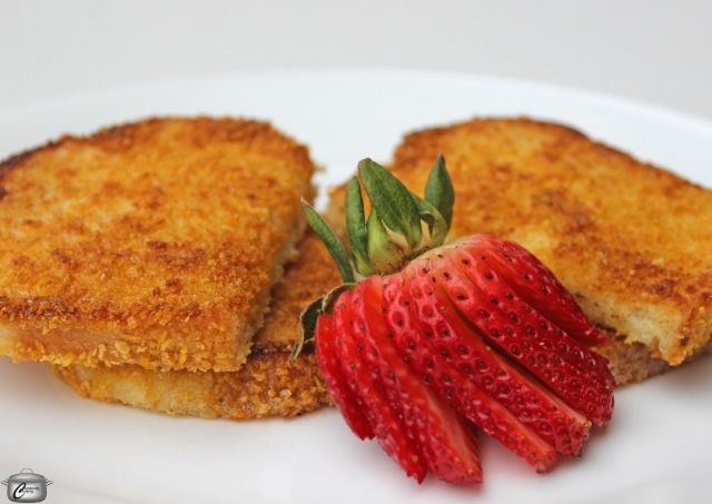 recipe for super crispy French toast coated with corn flake crumbs